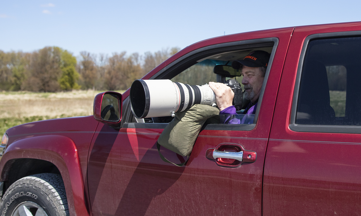 Kevin Colton photographing birds at Montezuma National Wildlife Refuge
