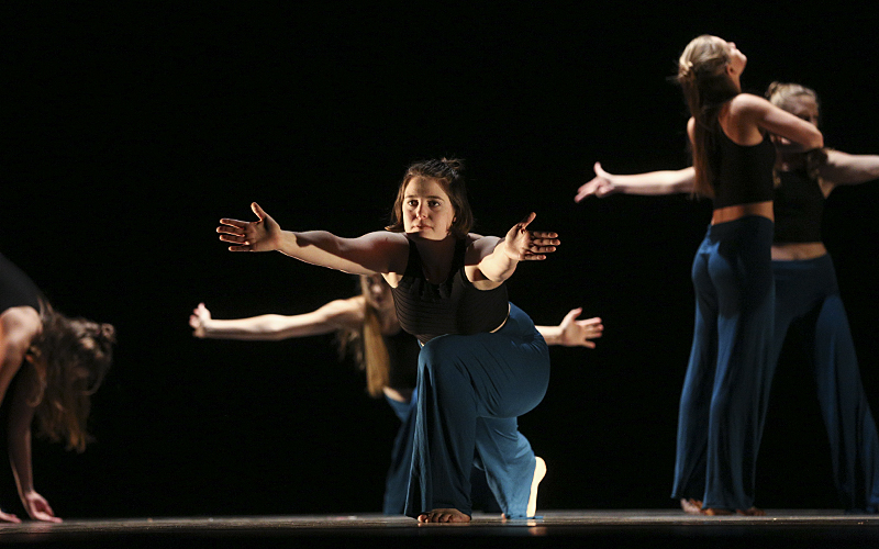 UnknownChoreographed by: Ingrid Dehler-SeterMusic composed by and performed in collaboration with Grace BugbeeCast: Teianna Chenkovich, Ingrid Dehler-Seter, Kaila Fearey, Shannon Hickey, Hannah Lippincott, and Molly Naef