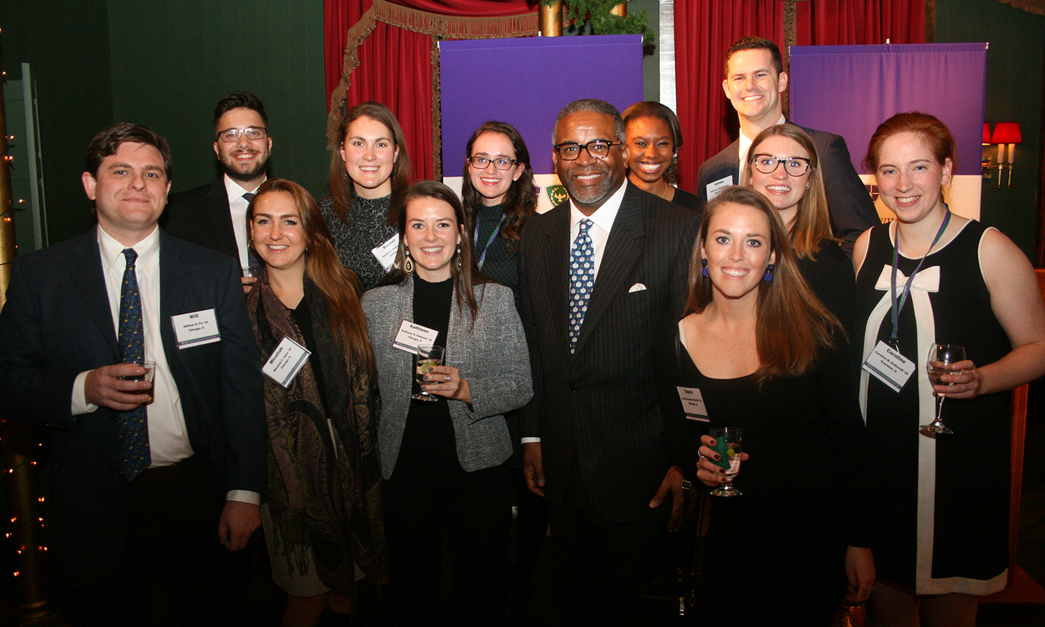 Alums gather with President Gregory J. Vincent '83 during the HWS Holiday gathering in Chicago, IL.