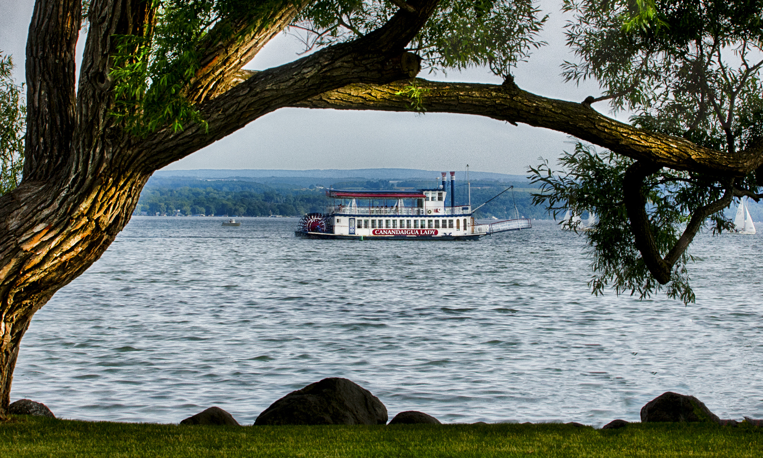 The Canandaigua Lady steamboat cruises across Canandaigua Lake.