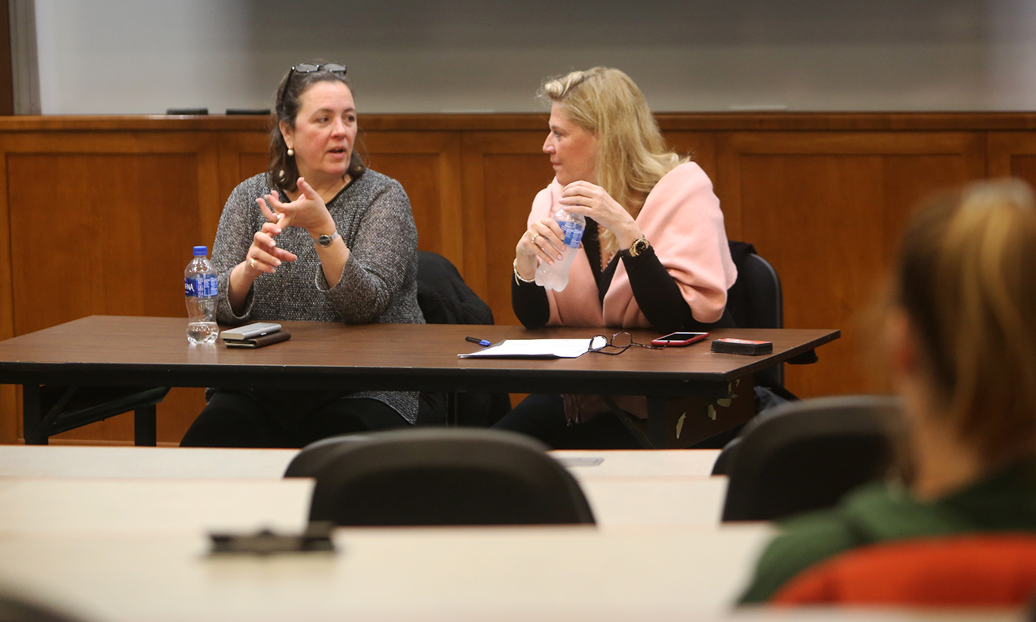 "Award-winning editor Jennifer Brehl '83 (left) and entrepreneur and tech communications executive Sabrina Horn '83 speak to students about careers in book publishing and communications as part of the ""Professionals in Residence"" series hosted by Salisbury Center for Career, Professional and Experiential Education."