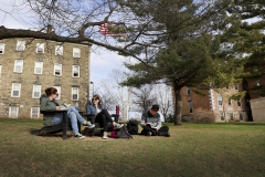 Students on the Quad-0040