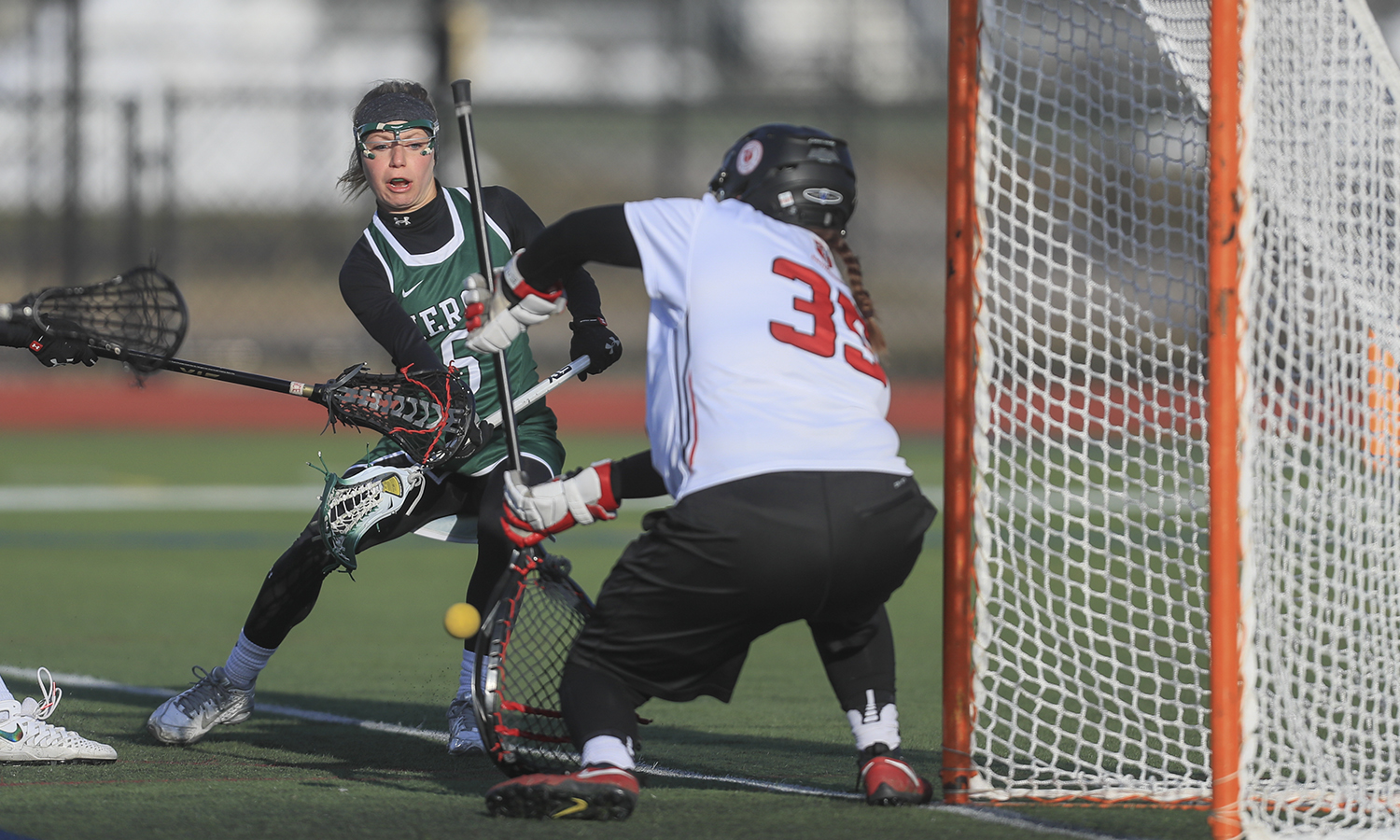 Sarah Benyo '18 puts a shot on goal during William Smith's game against RPI.