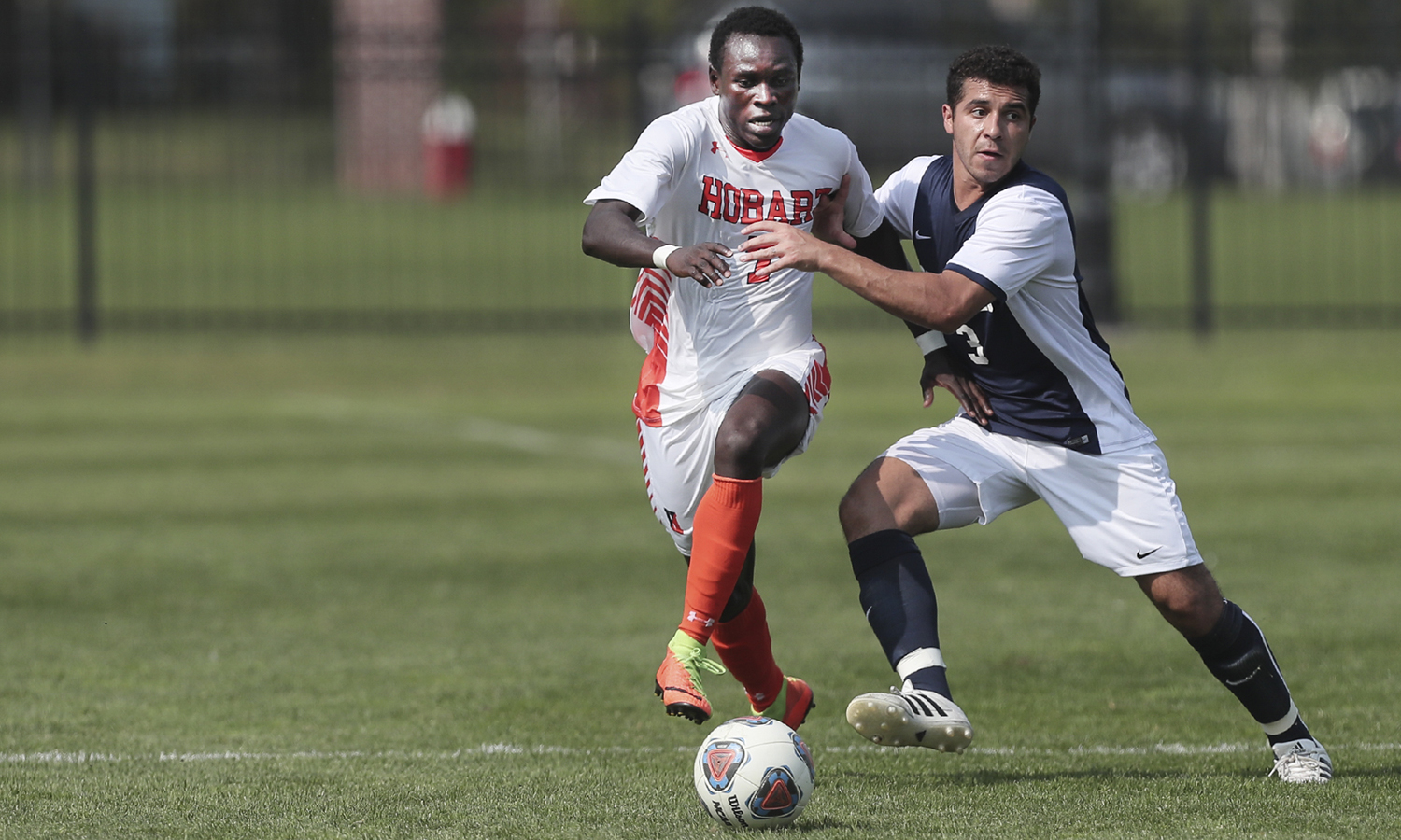Binjo Emmanuel '20 moves the ball down the field during Hobart's 1-0 win over the SUNY Geneseo.