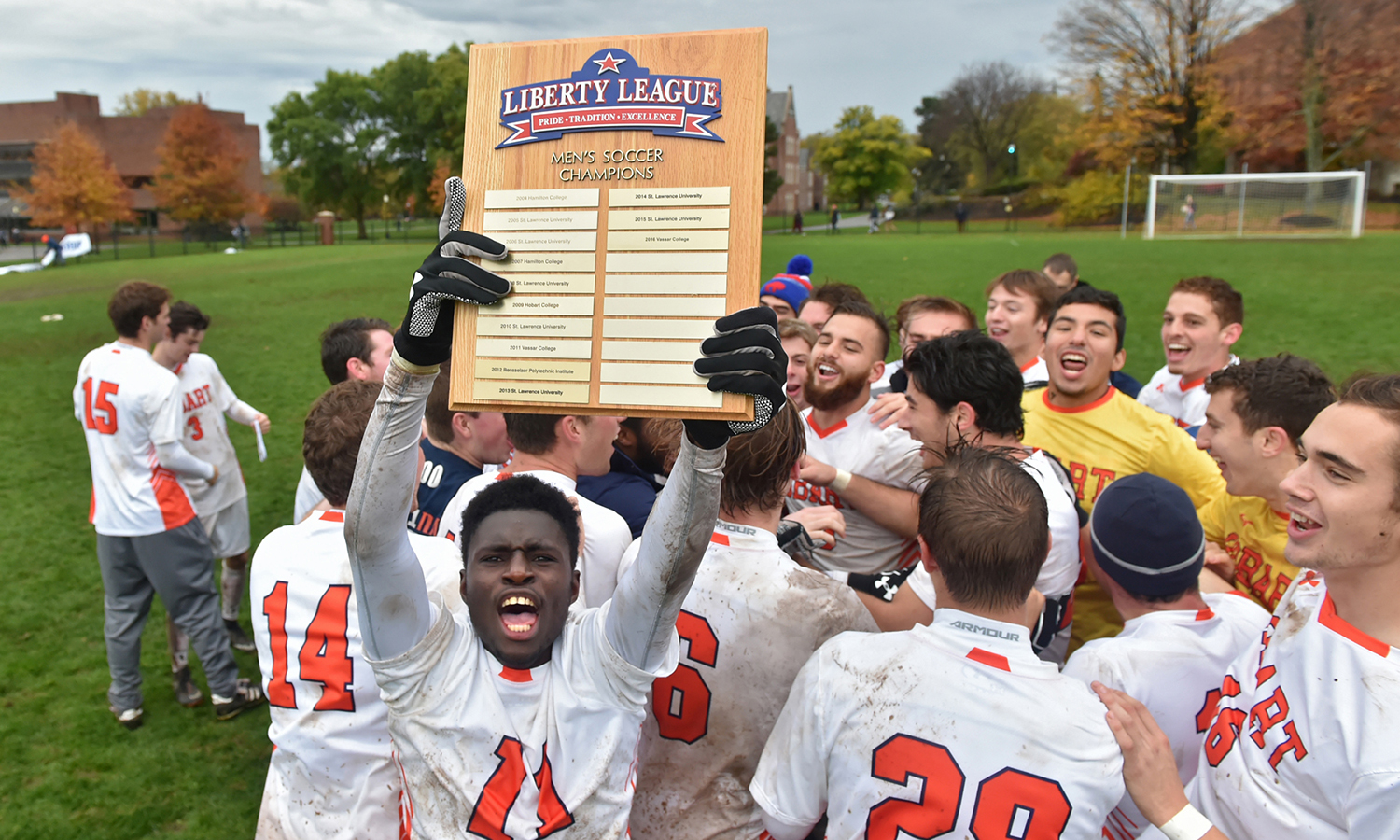 Mouhamed Diouf '19 hoists the Liberty League Championship plaque following Hobart's 2-0 win over Vassar College. It was the Statesmen's second Liberty League crown. Hobart advanced to the second round of the NCAA Tournament.