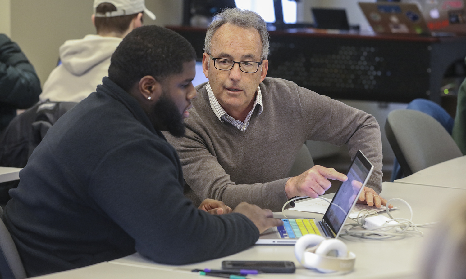 "Ludner Mercy '22 and Professor of Economics Thomas Drennen discuss how to analyze the projected viability of a startup during ""Quantitative Tools for the Entrepreneur."""