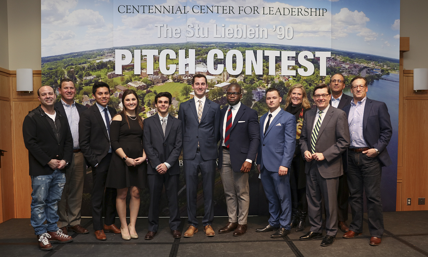 Pitch Contest-1041