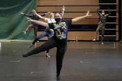 """During """"Beginning Dance,"""" Laysha Castillo '22, Maddie Filkorn '21 and Darius Brummel '21 work together to create material for their upcoming jazz unit assessment."""