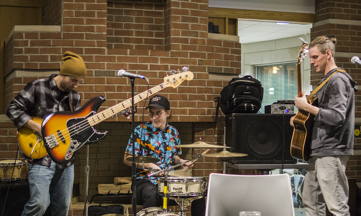 "Reggae band ""Qwister"", from Jamestown, N.Y., performs live in Saga. The live braodcast on WHWS 105.7 FM was hosted by students Austin Kennie '19 and Jordan Raivel '19."