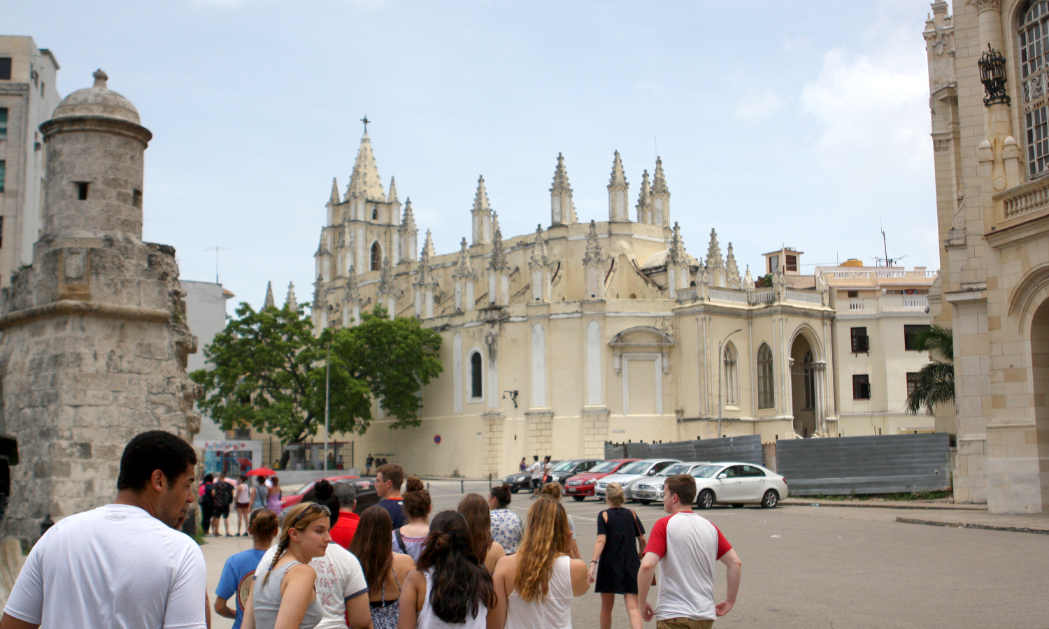 On a tour of Old Havana, the group stops to learn about the Iglesias del Santo Angel Custodio.