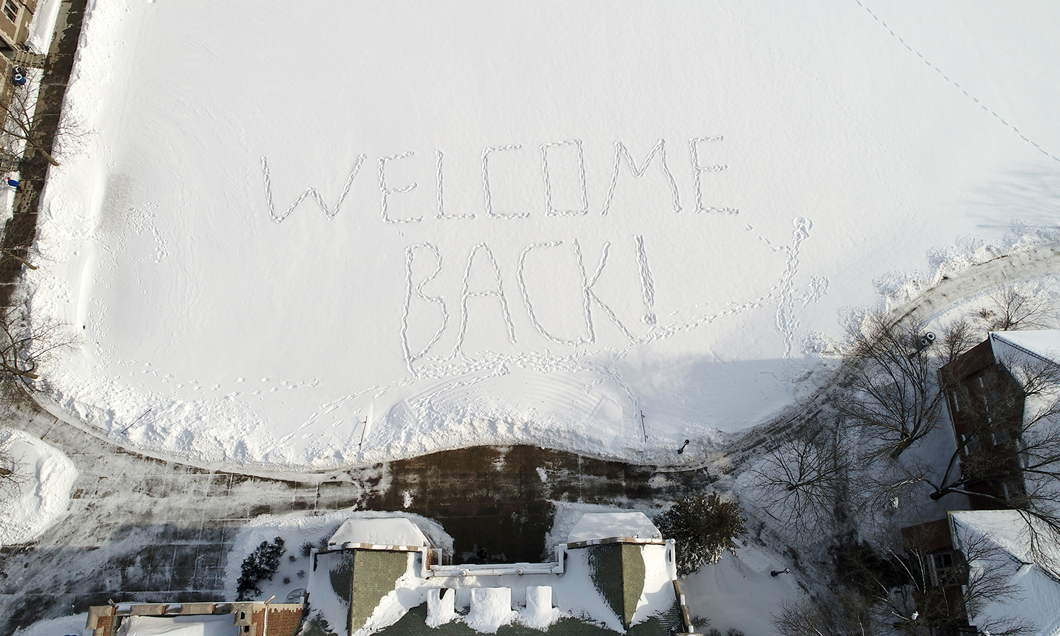 "A ""Welcome Back"" message greets students on the Quad on Monday morning."