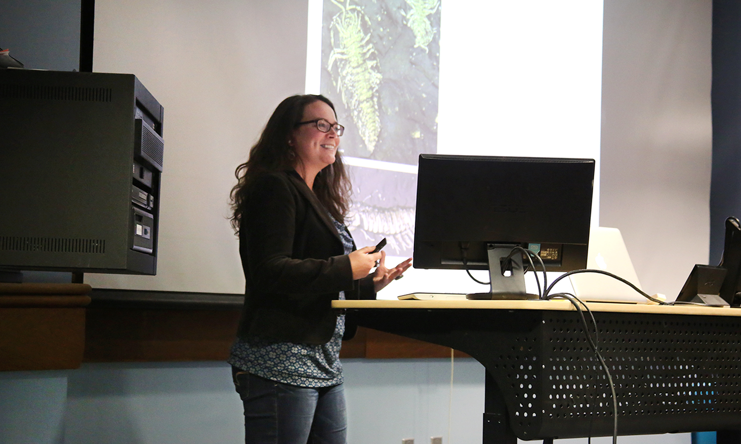 Visiting Assistant Professor of Geoscience Lindsay MacKenzie presents on exceptional fossil preservation during a Geology seminar in Napier Hall.