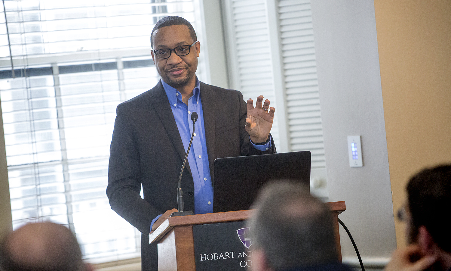 """Dr. David E. Jones, director of the Paul Robeson Cultural Center at Rutgers University-New Brunswick and diversity and leadership consultant for the Harris Jones Consulting Group, speaks to students, faculty and staff during """"Courageous Conversations"""" in the Common Room of Scandling Campus Center."""