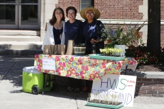 Finger Lakes Institute (FLI) Pulse Project Intern Lara Johnson â19, FLI Food Systems Program Manager Sarah Meyer, and HWS Fribolin Farm Intern Sarah Garcia â17 work together at the summer 2016 weekly HWS Farmstand selling campus grown produce.
