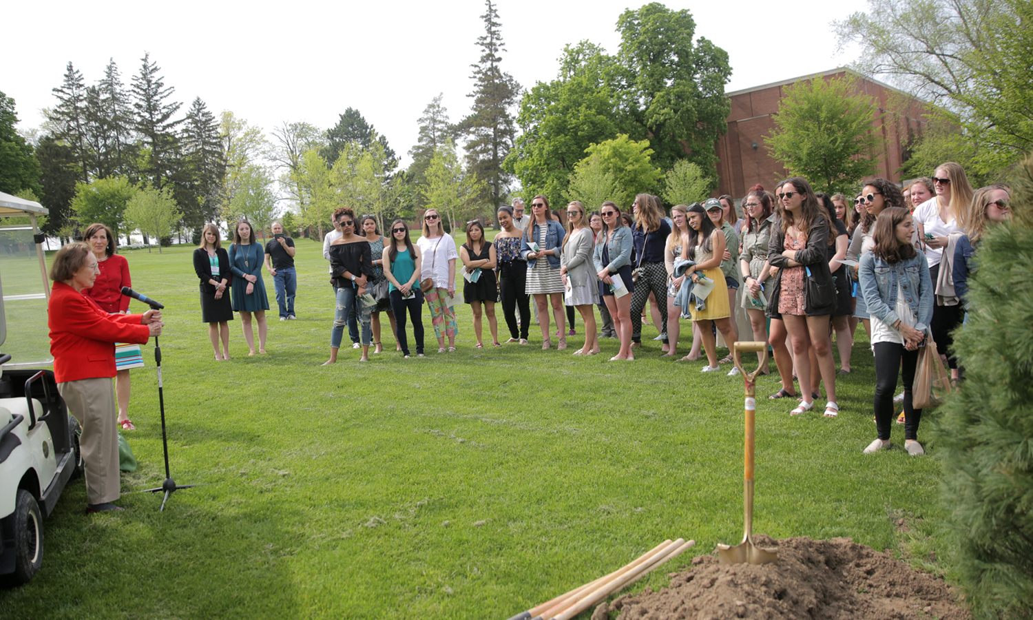 At 102 years old, centenarian Alta Boyer '36 speaks to the William Smith Class of 2017 about the history and traditions of William Smith College at the annual tree planting following the William Smith Senior Welcome Toast.