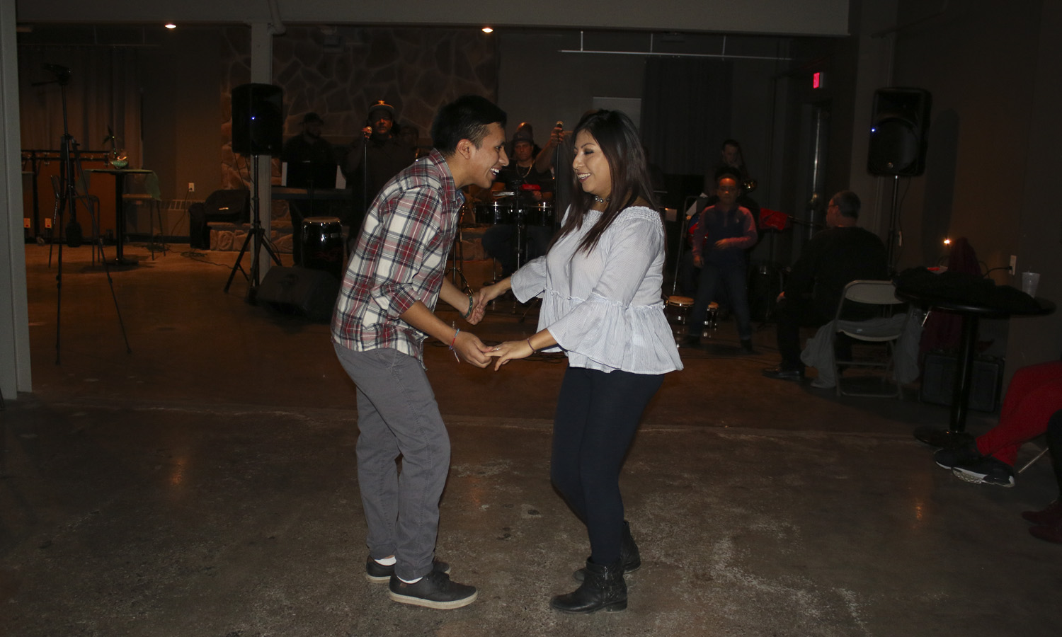 Edison Cabrera 17' and Maria Arias 17' dance to latin music during LAO's Havana Nights