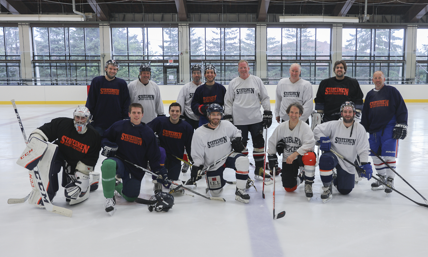 Alumni Hockey Group-0004