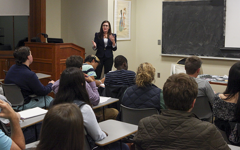 Nicole Kier, Junior Recruiter for the investment firm Manning & Napier, talks to students interested in finance during a campus information session through Career Services.Hobart alum Bill Napier is one of the founders of the firm.