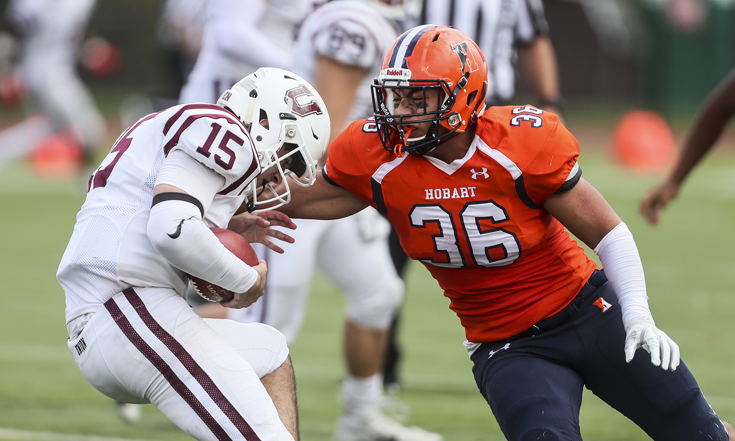 Linebacker Bryan Aguilar '22 made a tackle during Hobart's win over Union College on Boswell Field.