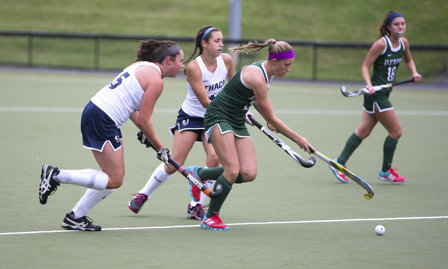 Heron Sierramarie Fitzgerald '18 gets past the thaca defense during the first half of Saturdays 6-2 win over the Bombers.