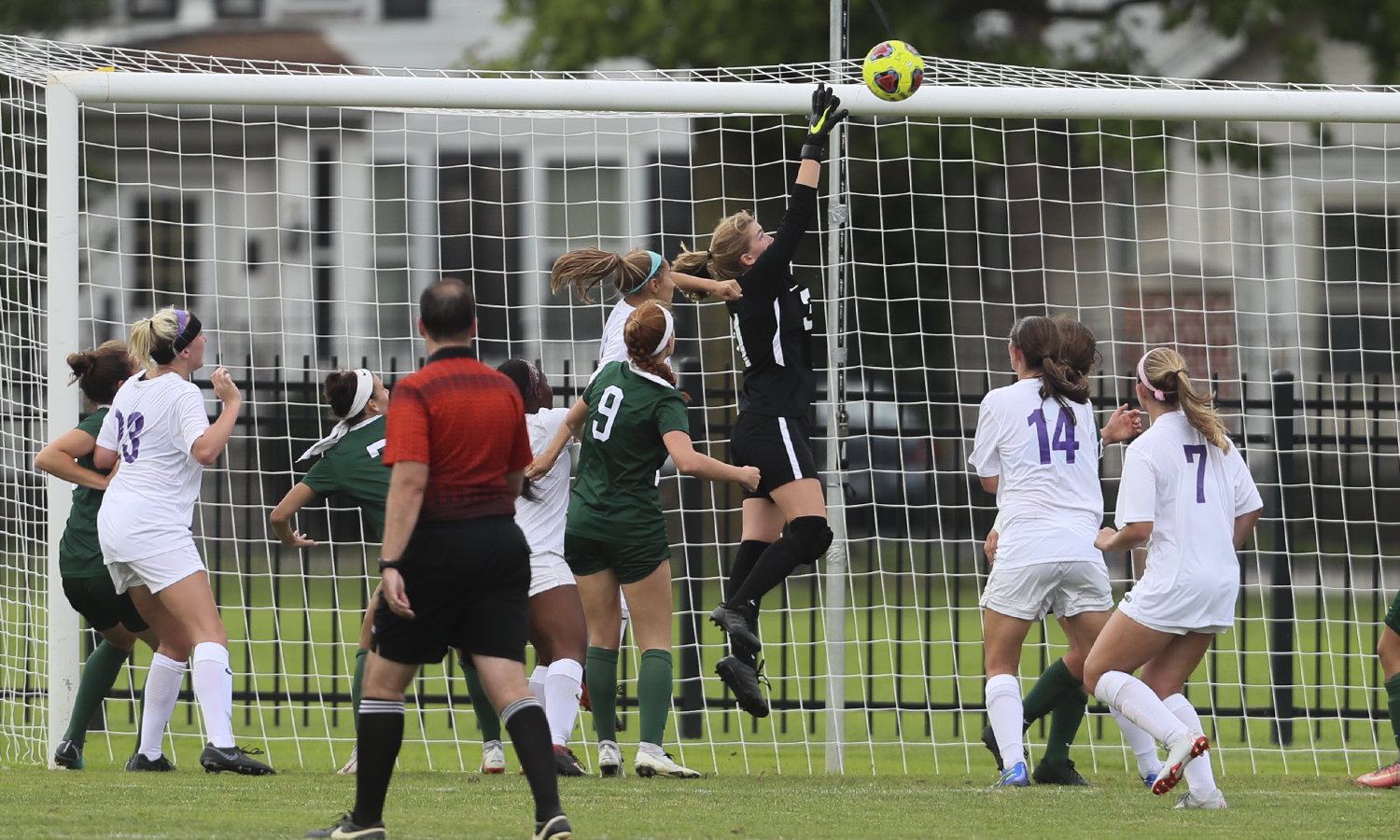 Amanda Kesler '22 reaches to make a save during William Smith's 3-0 victory over Stevenson University.