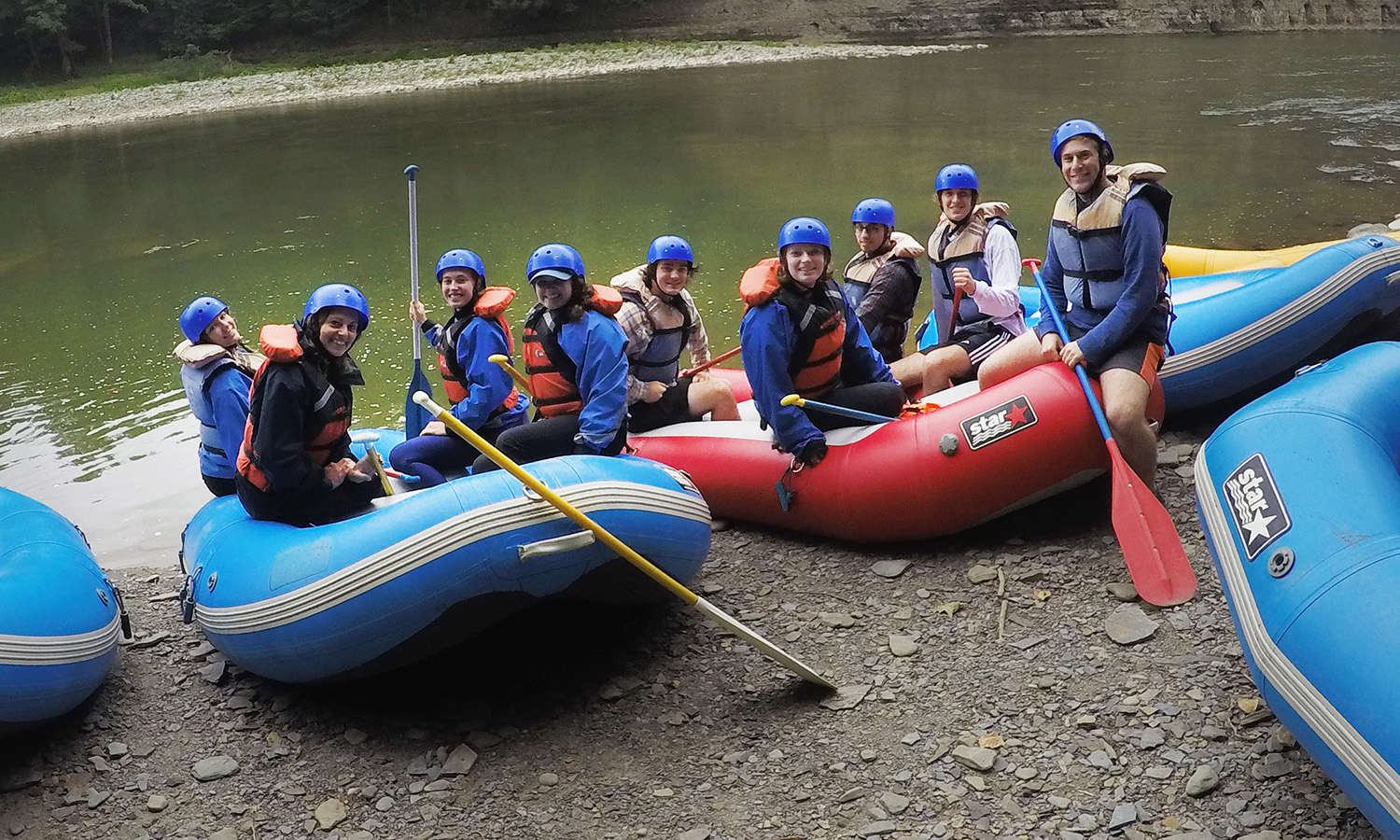 At Letchworth State Park, students in the HWS Outdoor Recreation Adventure Program gather for a photo before rafting.