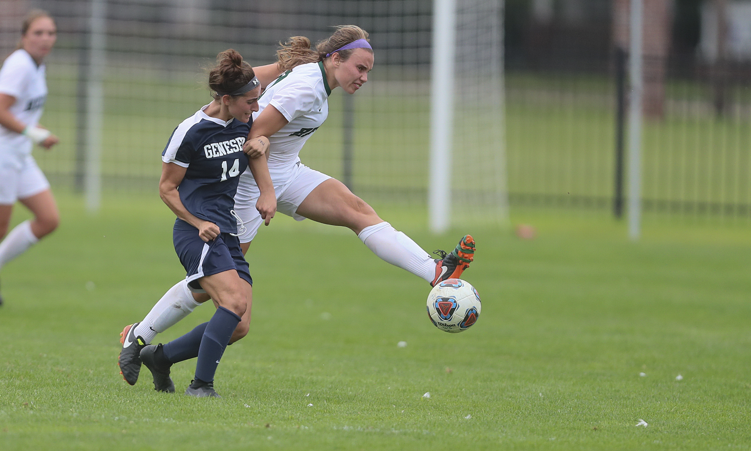 Eileen Rath 'X makes a pass during William Smith's 3-0 win over SUNY Geneseo on Wednesday.