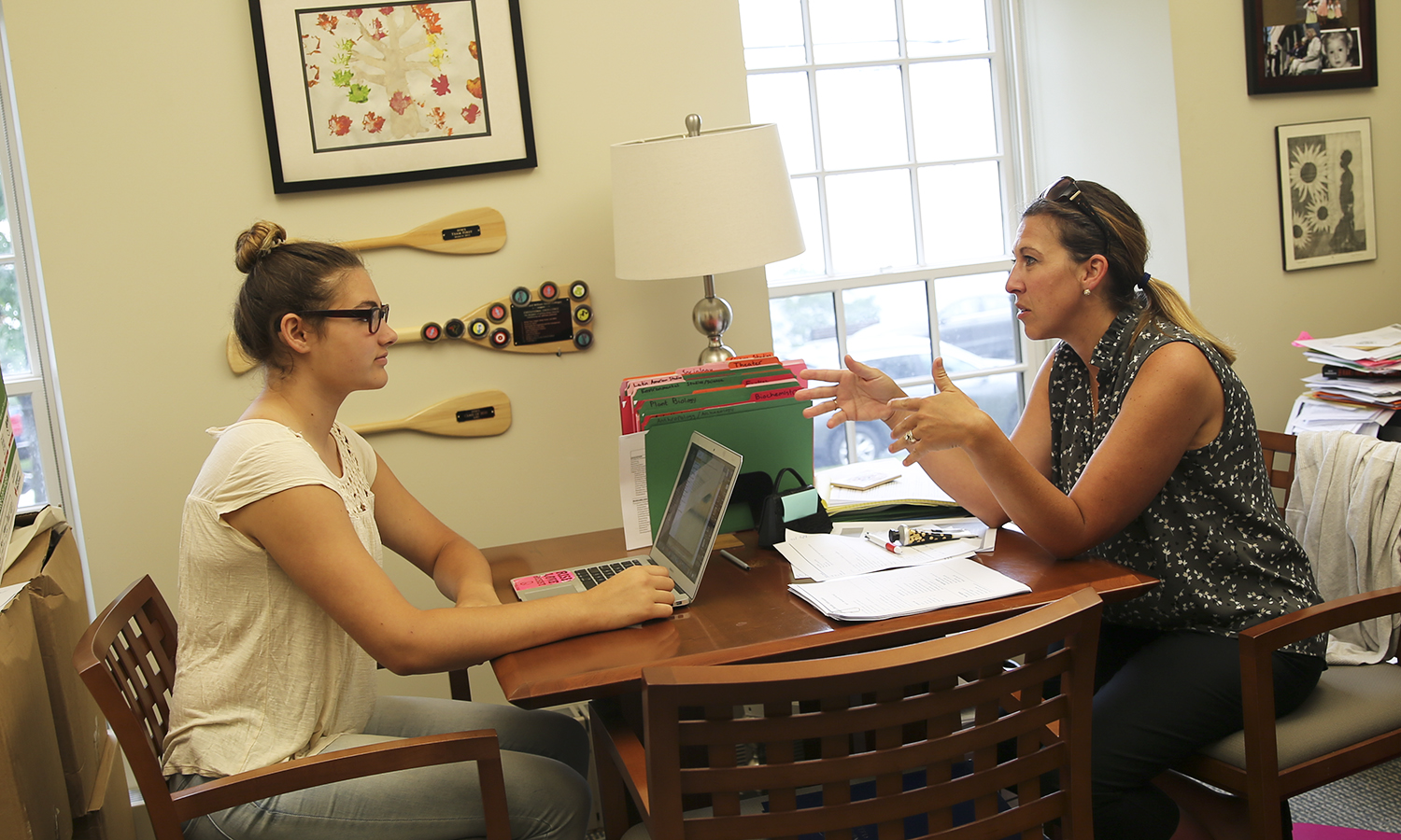Edie Falk '21 receives advice from Salisbury Center for Career, Professional and Experiential Education Director Brandi Ferrara in Trinity Hall. First-years are encouraged to begin working with the Salisbury Center as soon as possible for one-on-one guidance on networking, internships and post-grad opportunities.