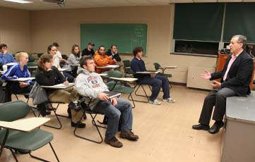 Dr. Wasserman leads a seminar for Professor Mowery's immunology Class