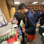 Holiday_Giving_1