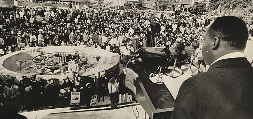 Horace Cort, ÒDr. Martin Luther King Jr. addresses about 2,500 persons in Hurt Park in downtown Atlanta todayÓ December 15, 1963, vintage Associated Press wirephoto