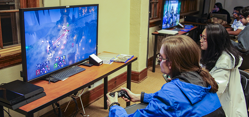Students attend Game Night in Coxe Hall.